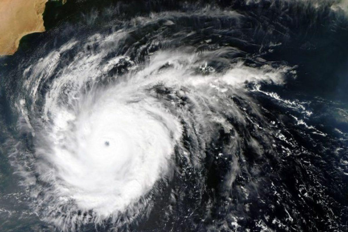 """""""Tenemos una temporada de huracanes categoría 5 que podría durar hasta 2018 – 2020"""", nos explica el investigador Velasco. Foto:AFP. Imagen Por:"""
