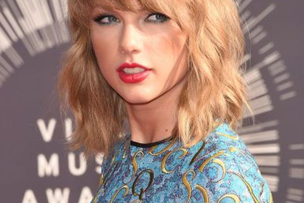 """Esta situación resulta extraña, ya que de ser tan """"amigas"""", Taylor no haya asistido a la reunión. Foto:Getty Images. Imagen Por:"""