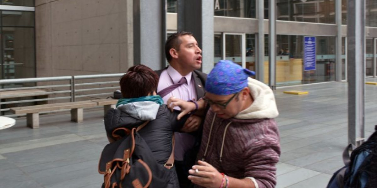 Polémica: Pastor Soto insulta y agrede a Rolando Jiménez