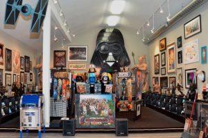 RANCHO OBI WAN: En este rancho se encuentra la mayor colección privada del mundo de Star Wars, propiedad de Steven Sansweet, que la empezó a recopilar a mediados de los 70. Foto:goeuro.es. Imagen Por: