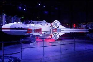 LEGOLAND:Los niños de hoy en día han conocido el mundo de Star Wars gracias a los juguetes de Lego. Gracis a esro, los parques Legolands se han convertido en la mejor atracción turistica para las nuevas generaciones. Foto:goeuro.es. Imagen Por: