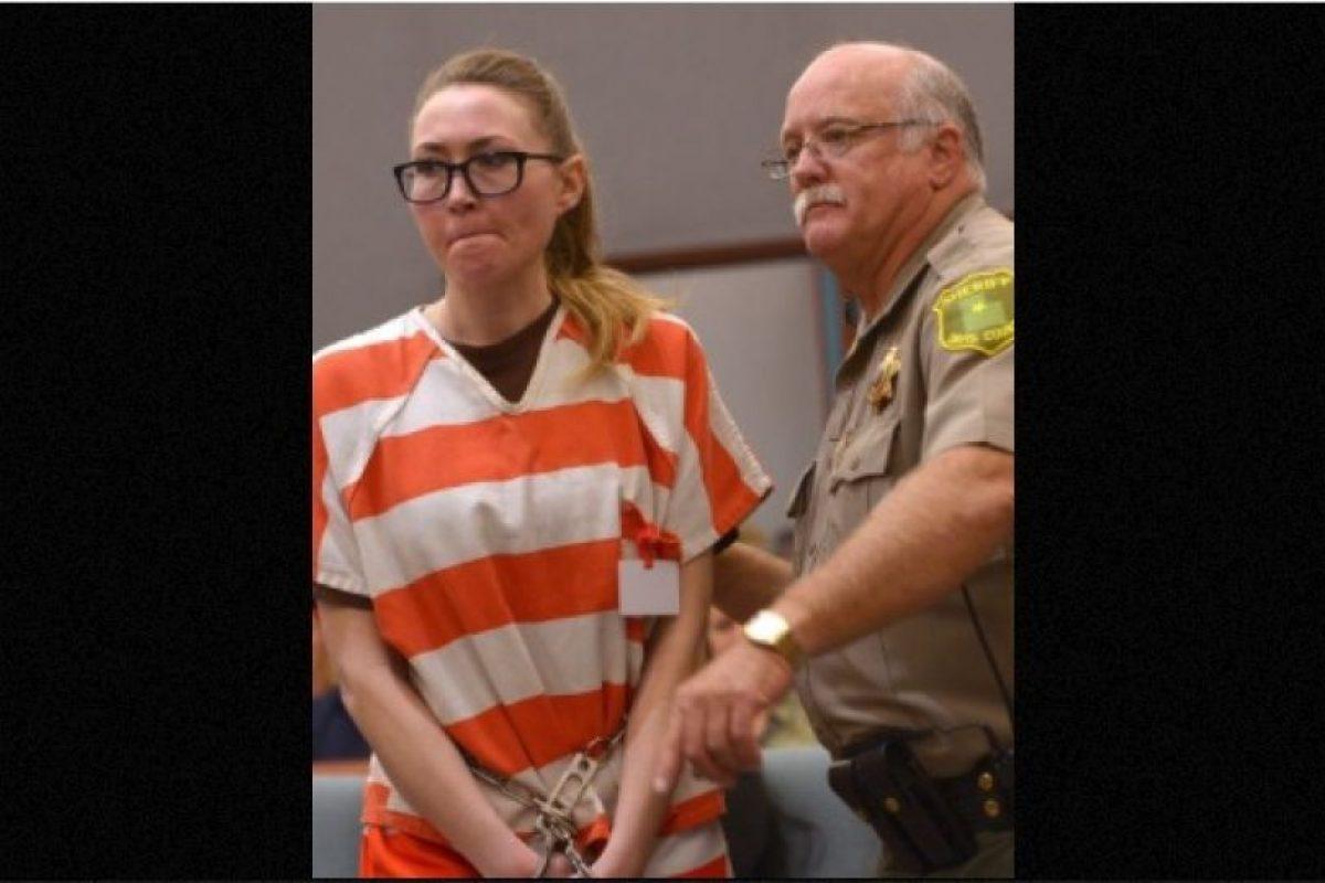 Ella se declaró culpable de todos los cargos y le escribió una carta al juez, en la que pedía no ir a la cárcel. Podría salir libre en 2017 Foto:AP. Imagen Por: