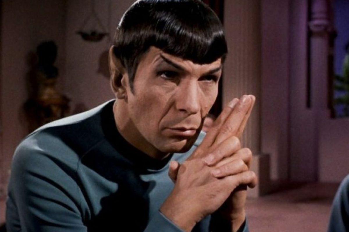"""El actor le dio vida al """"Sr. Spock"""", un comandante originario del planeta """"Vulcano"""" Foto:George Takei. Imagen Por:"""