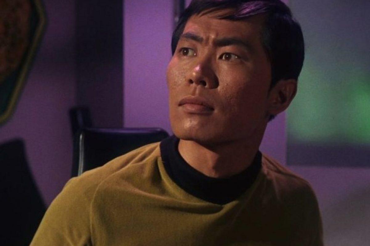 """Su papel fue el de """"Hikaru Sulu"""", el piloto de la nave """"Enterprise"""". Foto:IMDB. Imagen Por:"""