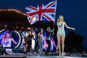 """Kendall fue una de las invitadas especiales durante la presentación de la """"estrella pop"""" en Londres. Foto:Getty Images. Imagen Por:"""