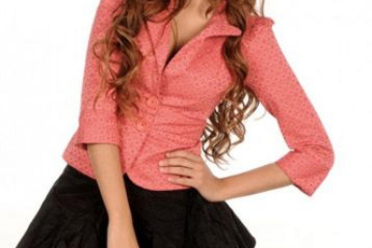 """La actriz interpretó a """"Clara Molina"""", una joven que sueña con ser una famosa cantante. Foto:Televisa. Imagen Por:"""