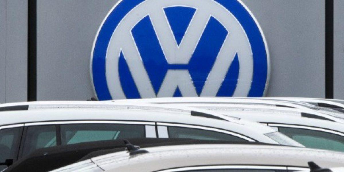 Acciones de Volkswagen se desploman tras nuevas acusaciones de fraude