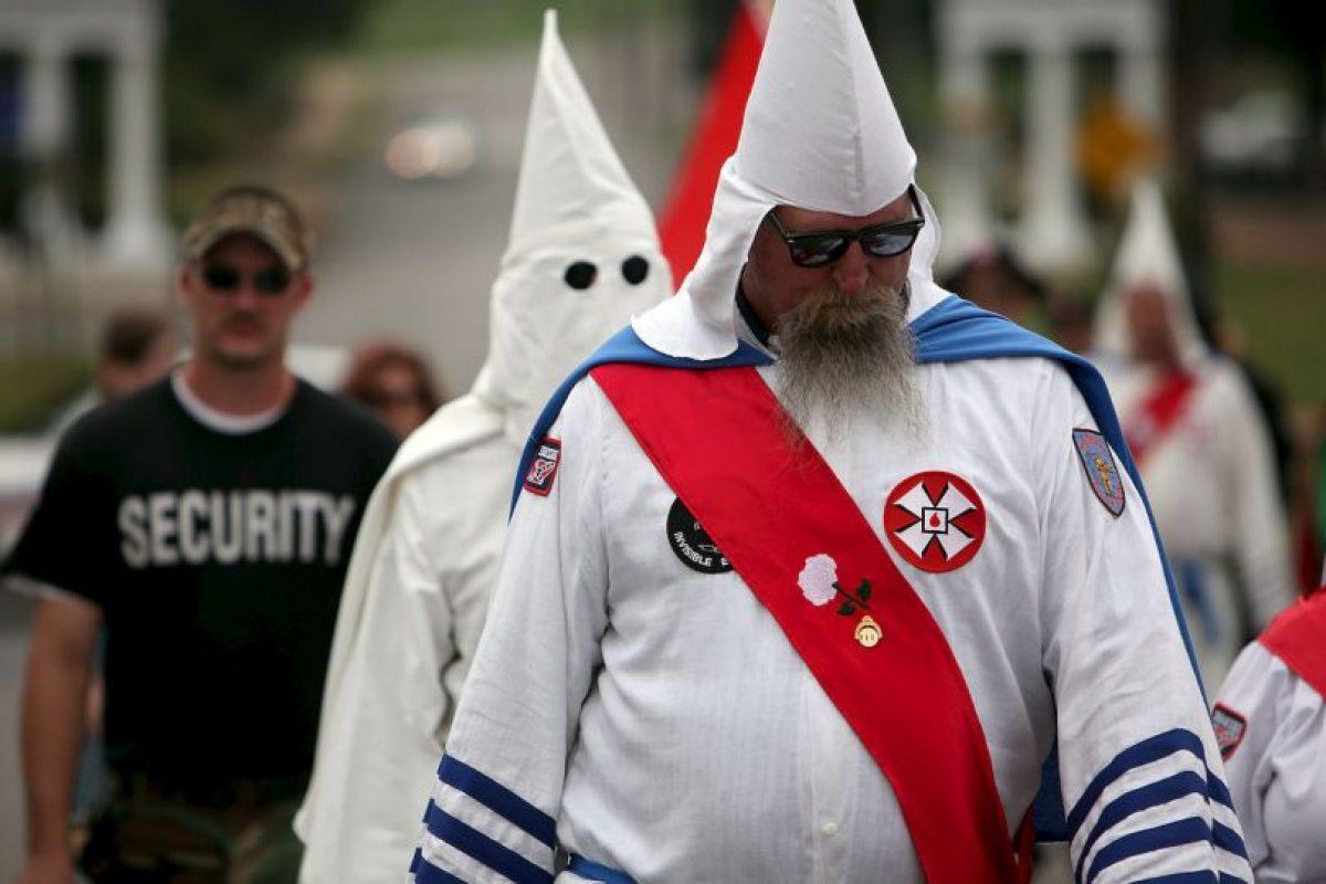 El KKK moderno ha sido repudiado por los medios de comunicación, líderes políticos y religiosos de los Estados Unidos. Foto:Getty Images. Imagen Por: