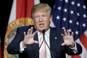 Donald Trump llevaba la delantera en las encuestas sobre sus compañeros. Foto:AP. Imagen Por: