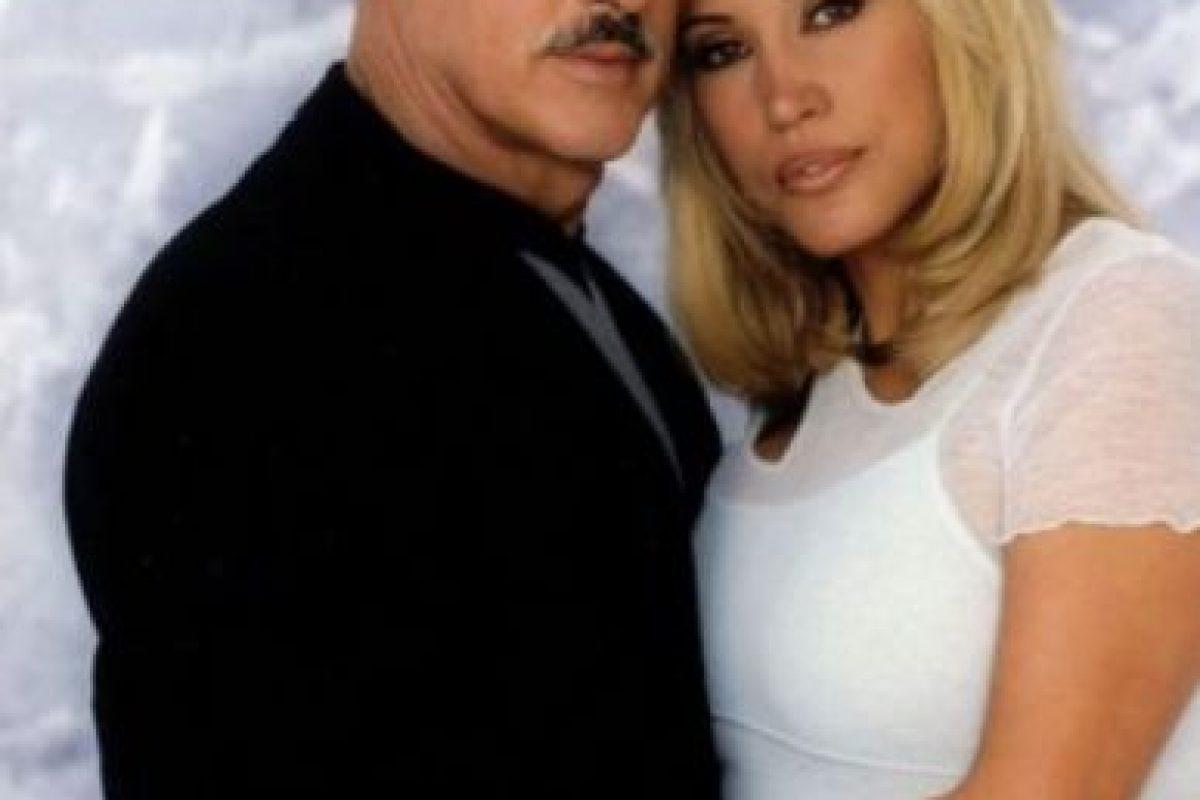 """Andrés García era """"Javier Duarte"""", esposo de """"Yolanda"""". Foto:vía Televisa. Imagen Por:"""