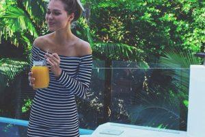 Sus fotos parecían perfectas. Foto:vía Instagram/essenaoneill. Imagen Por: