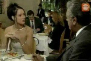 También su amante, pero muy interesada. Foto:vía Televisa. Imagen Por: