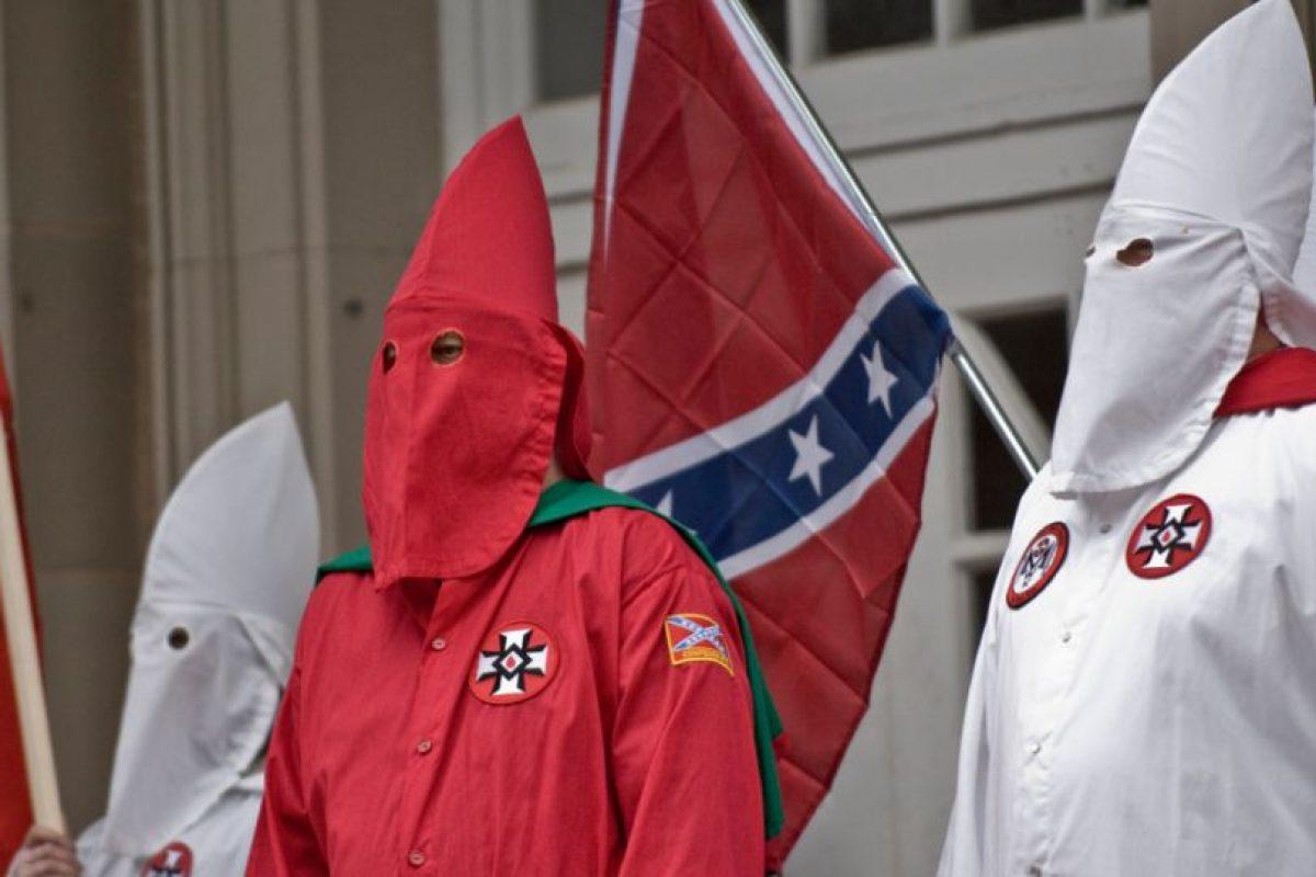 Ku Klux Klan es una organización que promueve principalmente la xenofobia, así como la supremacía de la raza blanca, homofobia, el antisemitismo y el racismo. Foto:Vía Flickr.com. Imagen Por: