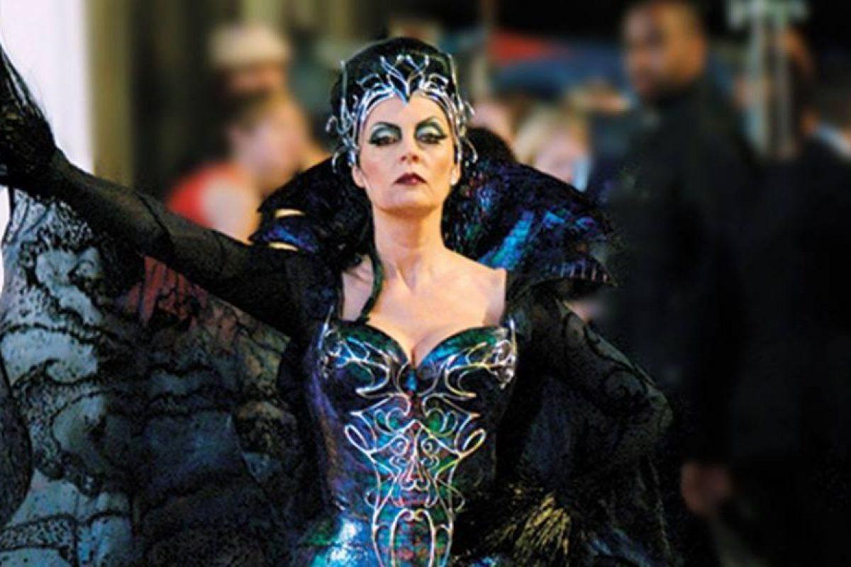 En una entrevista con el conductor Andy Cohen, la actriz reveló que en la mayoría de las premiaciones, excepto en los Óscar, fuma marihuana. Foto:Getty Images. Imagen Por: