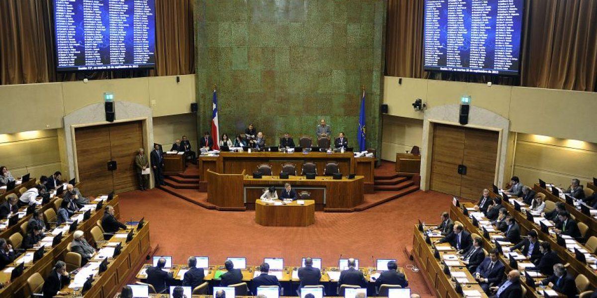 Diputados aprueban comisión investigadora por colusión del confort