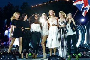 Serena Williams, Karlie Kloss, Cara Delevingne, Martha Hunt, Gigi Hadid y Kendall Jenner Foto:Getty Images. Imagen Por: