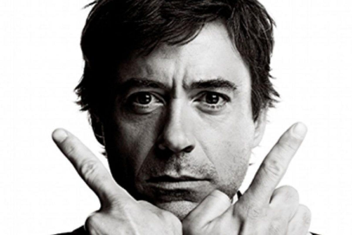 Sobre todo por su carisma, arrogancia y desenfado. Foto:vía Facebook/Robert Downey Jr.. Imagen Por:
