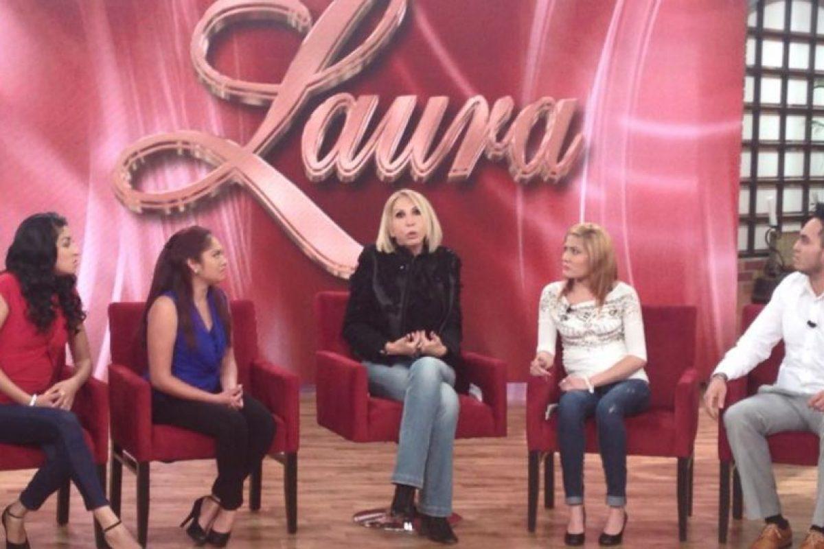 Trasladó su talk show a Televisa y por supuesto, el programa es tan polémico que hasta tiene demandas en su contra. Foto:vía Facebook/Laura Bozzo. Imagen Por:
