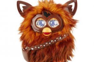 """""""Furbacca"""": el Furby oficial de """"Star Wars"""" Foto:Furby. Imagen Por:"""
