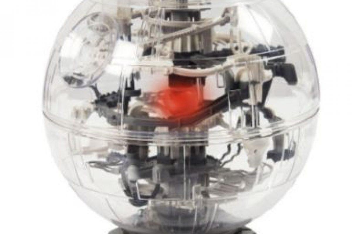 """Laberinto de la """"Estrella de la muerte"""" 3D Foto:Spin Master. Imagen Por:"""