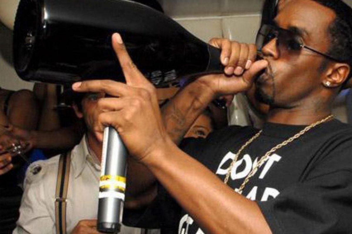 El rapero también es acusado de tener un aliento apestoso. Foto:vía Getty Images. Imagen Por: