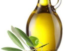 5. Aceite de oliva. LO QUE SE DICE: Aceite vegetal bueno para enfermedades del corazón pero no se debe de cocinar con el solo comer crudo. Foto:Tumblr. Imagen Por: