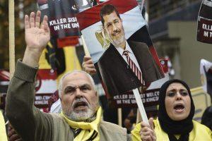 Manifestantes participan en una protesta en contra de la visita del presidente egipcio, Abdelfatah al Sisi, a Londres, Reino Unido Foto:EFE. Imagen Por: