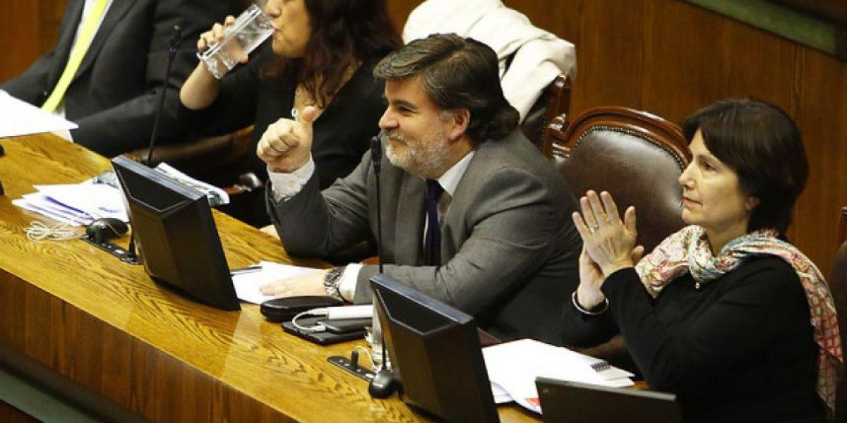 Minsal anuncia apoyo para instalación de nuevas farmacias comunales