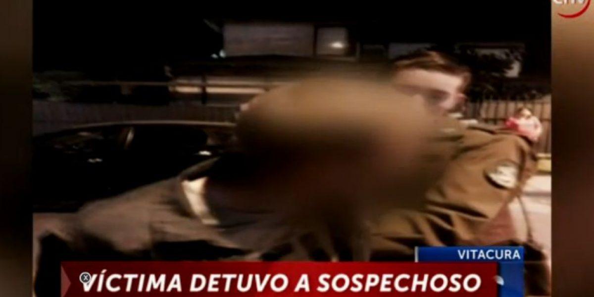 Vitacura: vecino detiene a asaltante amarrándole las manos con una correa