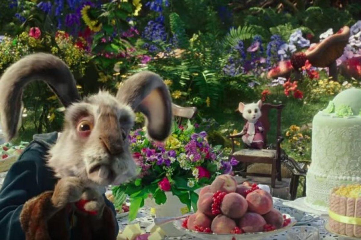 """Michael Sheen es """"El Conejo Blanco"""" Foto:Disney. Imagen Por:"""