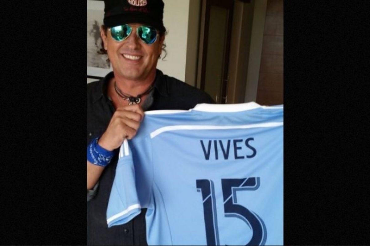 El colombiano Carlos Vives será uno de los invitados de la actriz. Foto:Instagram/carlosvives. Imagen Por: