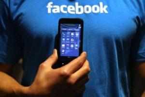 """6- Están obsesionados por el """"like"""". Quieren ser los primeros en presionar el botón en las publicaciones. Foto:Getty Images. Imagen Por:"""