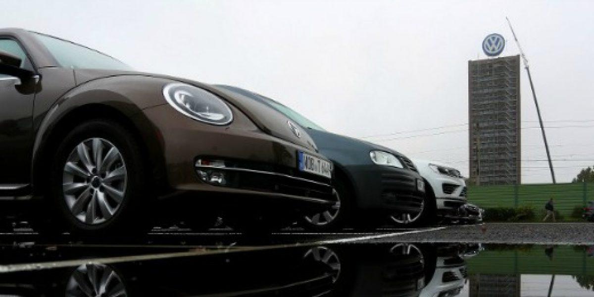 Ventas de Volskwagen en Reino Unido caen casi 10% tras escándalo de motores