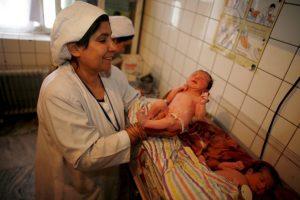 Cuando hacen más de 26,6 C (80 grados Fahrenheit), se produce una gran caída en el número de nacimientos. Foto:Getty Images. Imagen Por: