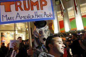 En junio, la cadena NBC anunció que rompía sus relaciones con Trump Foto:AP. Imagen Por: