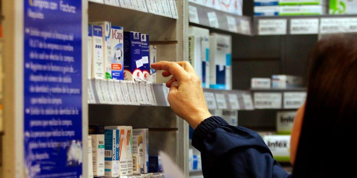 Anuncian presentación de proyecto de ley para regular precios de medicamentos