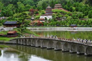 Su primer destino fue la ciudad Shenzhen. Foto:Wikipedia.org. Imagen Por: