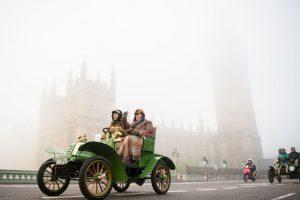 Autos antiguos en Inglaterra. Foto:AFP. Imagen Por: