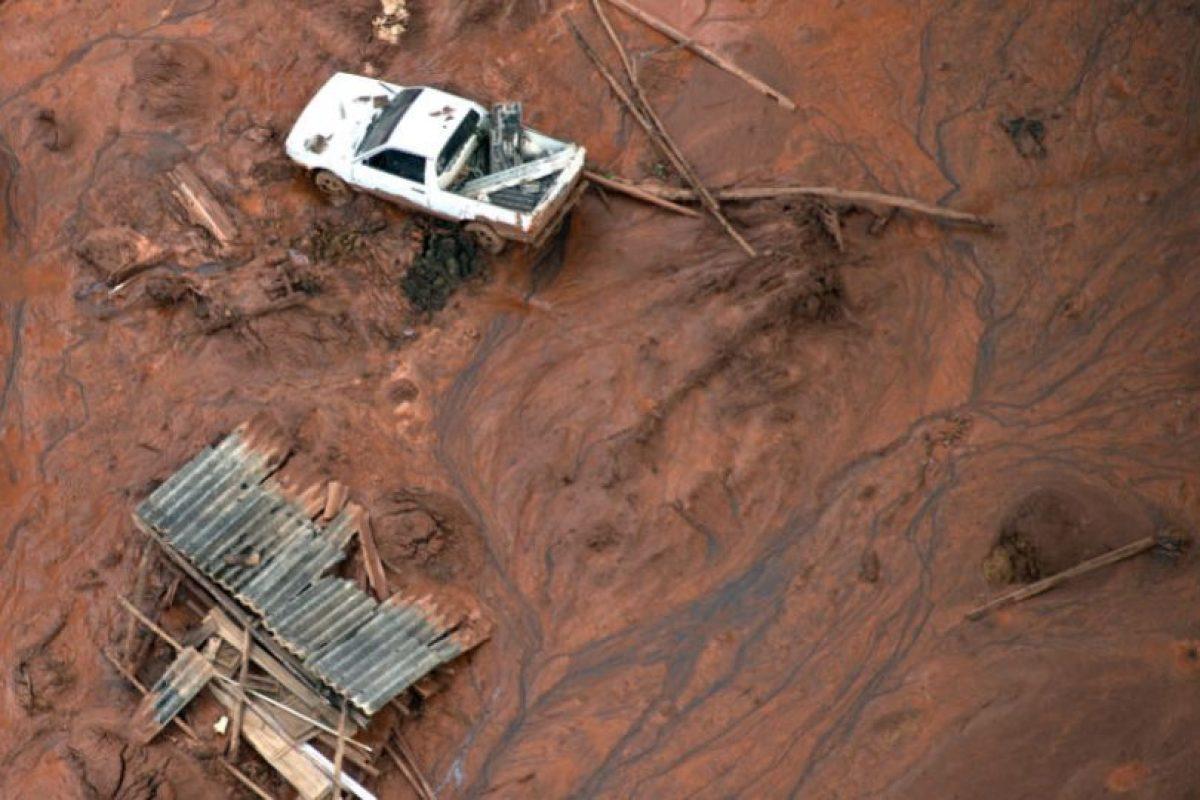 La presa colapsó el jueves. Foto:AFP. Imagen Por: