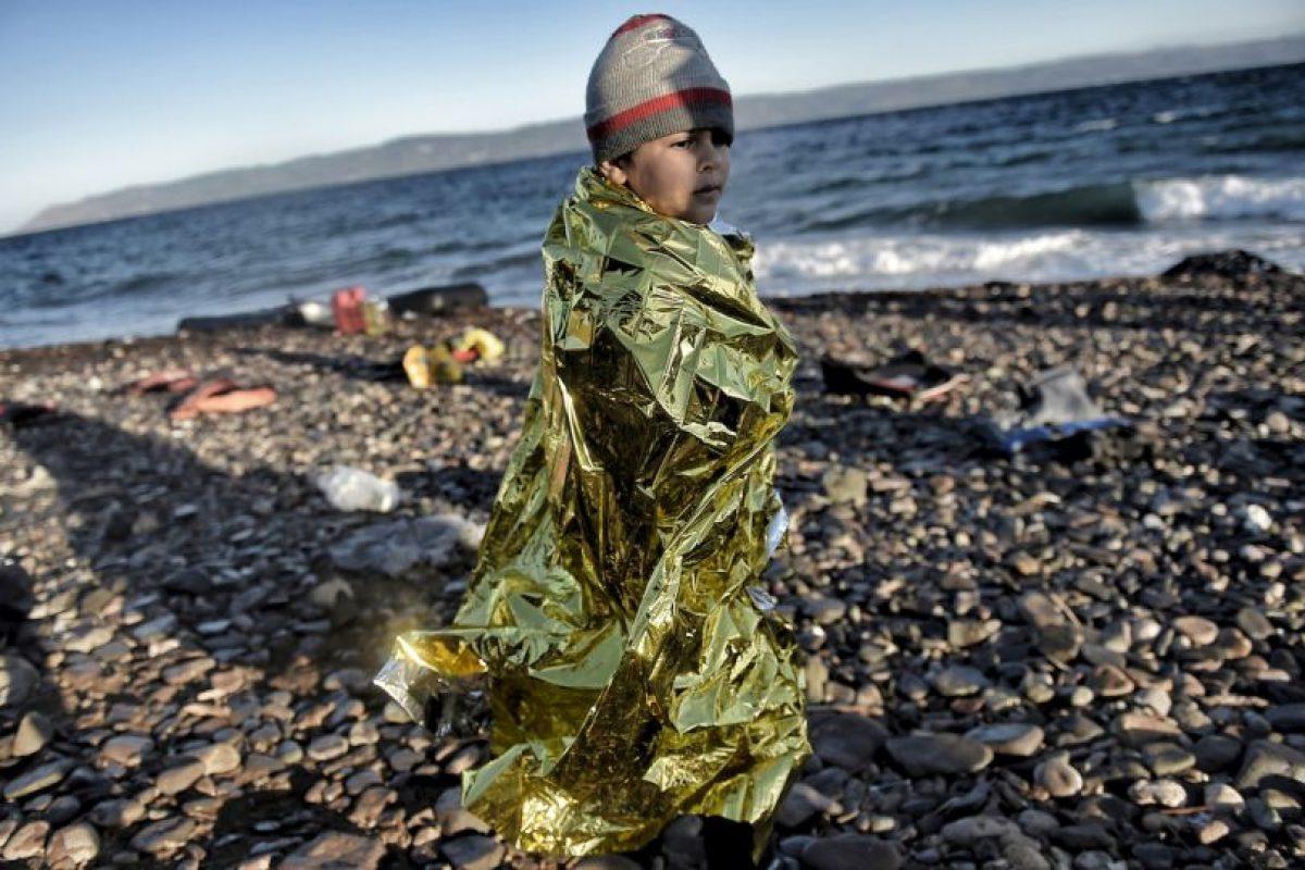 Pequeño refugiado a su llegada a la isla griega Lesbos. Foto:AFP. Imagen Por: