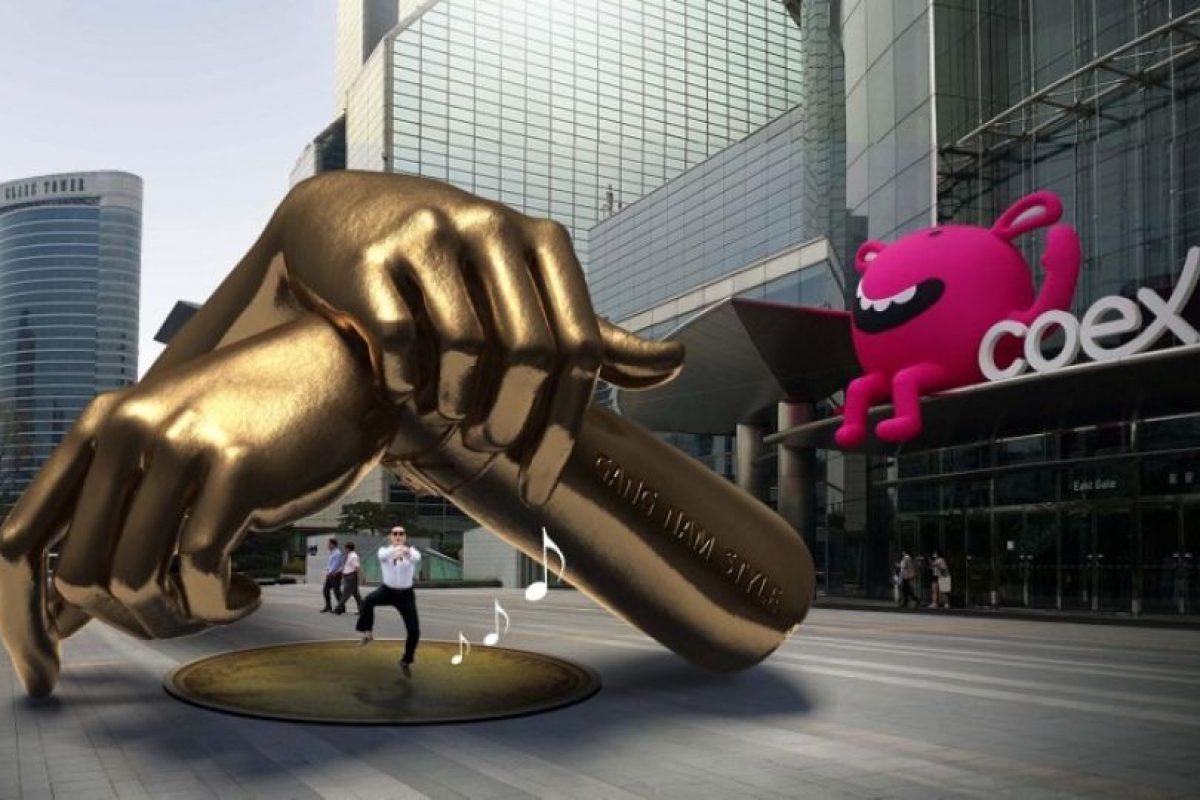 """a ciudad de Seúl erigirá una estatua para homenajear el llamado """"baile del jinete"""" que aparece en el videoclip del éxito musical """"Gangnam style"""", canción que ha contribuido a aumentar la popularidad de la capital surcoreana en todo el mundo en los últimos tres años. Foto:AFP. Imagen Por:"""