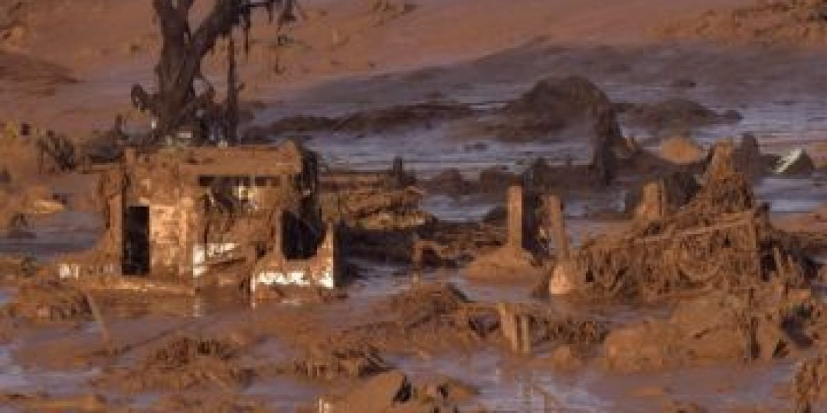 Más de 17 muertos en Brasil en avalancha de desechos tóxicos mineros