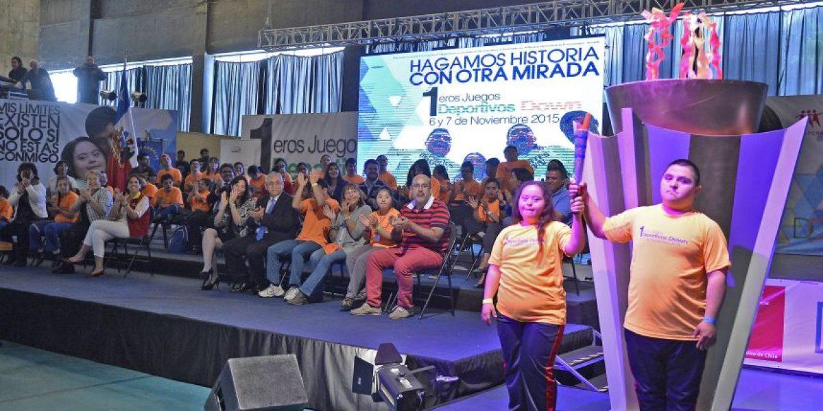 Bachelet inaugura los primeros Juegos Deportivos Down