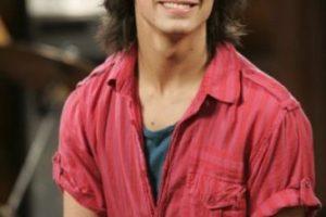 """Le dio vida a """"Shane Grey"""", un famoso cantante y sobrino del dueño de """"Camp Rock"""" Foto:Disney. Imagen Por:"""