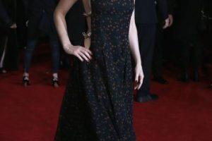 Este 5 de noviembre, la estrella sorprendió on otro escotado vestido. Foto:Getty Images. Imagen Por: