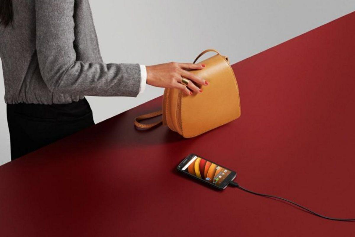 Batería de 3.760 mAh; hasta dos días de uso combinado. Foto:Motorola. Imagen Por: