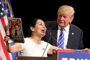 Protestas: Donald Trump causa polémica por conducción de programa de TV Además, denunciaron que en 40 años de historia, SNL solo ha tenido a dos actores hispanos. Foto:Getty Images. Imagen Por: