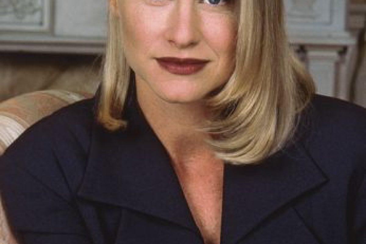 """Lauren Lane era """"C.C Babcock"""", la malvada socia de negocios de """"Maxwell"""". Rica, fría, malvada y egocéntrica, quiere a su socio para ella. Foto:vía TriStar Television. Imagen Por:"""
