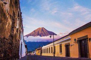 """En 1979 la UNESCO la declaró """"Patrimonio Cultural de la Humanidad"""". Foto:Vía https://instagram.com/explore/tags/antiguaguatemala. Imagen Por:"""