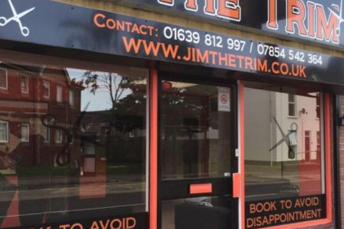 Aquí la barbería de James Foto:Vía Facebook/Jimthetrim254britonferry. Imagen Por: